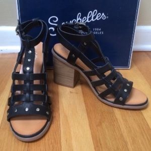 SEYCHELLES Scout It Out Leather Gladiator Sandals